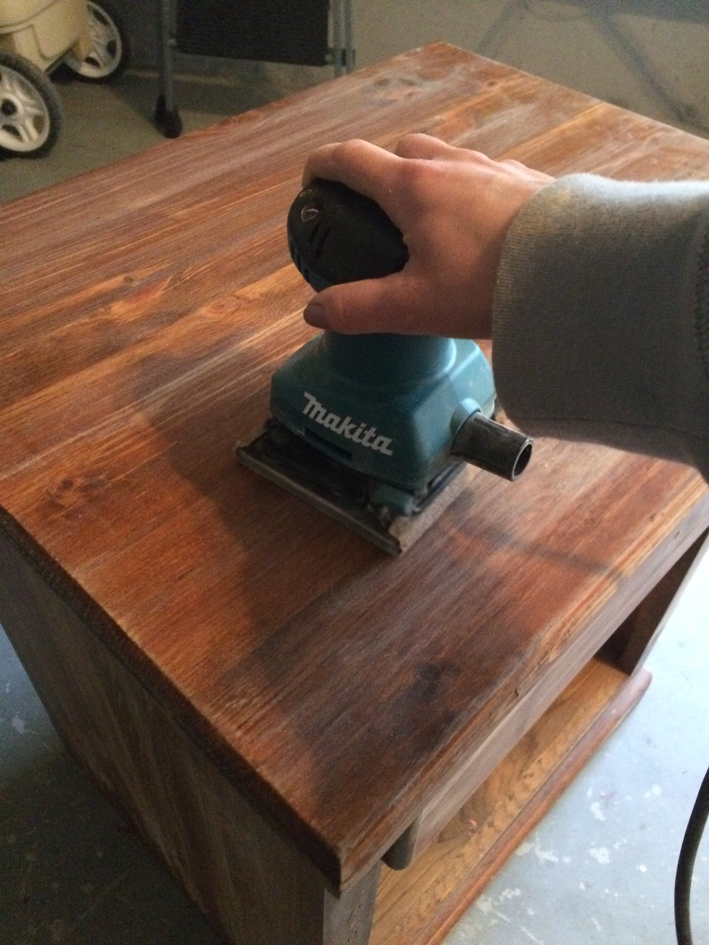 How to dust furniture - Using A Hand Sander Lightly Sand All Surfaces That Are Going To Be Painted After Sanding Dust And Whip Down Your Furniture With