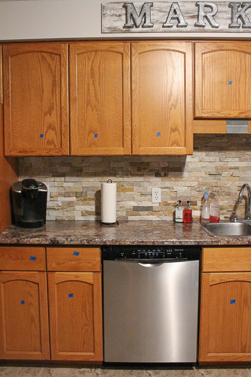 How To Paint Kitchen Cabinets_