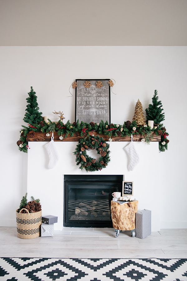 The Best Holiday Mantel Round-Up